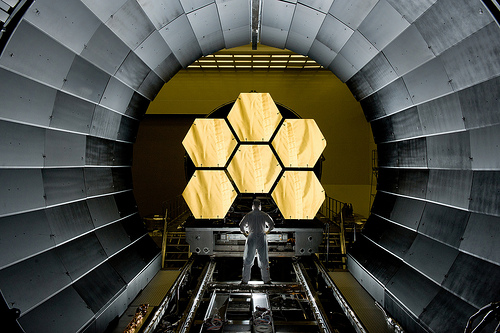 space nasa jwst spacetelescope goddardspaceflightcenter... (Photo: NASA Goddard Photo and Video on Flickr)